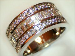 18ct_white_gold_with_brilliantprincess_and_baguette_cut_diamonds.jpg