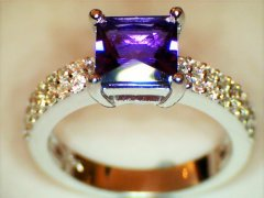 Amethyst_and_diamond_ring_in_white_gold.jpg