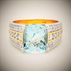 Blue_topaz_and_diamonds.jpg
