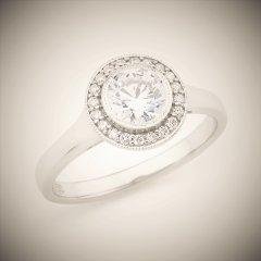Diamond_halo_ring.jpg