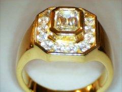 Diamonds_in_18ct_yellow_gold.jpg