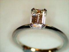 Emerald_Cut_Diamond_0.80ct_in_Platinum.jpg