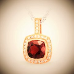 Garnet_and_diamonds_in_rose_gold.jpg